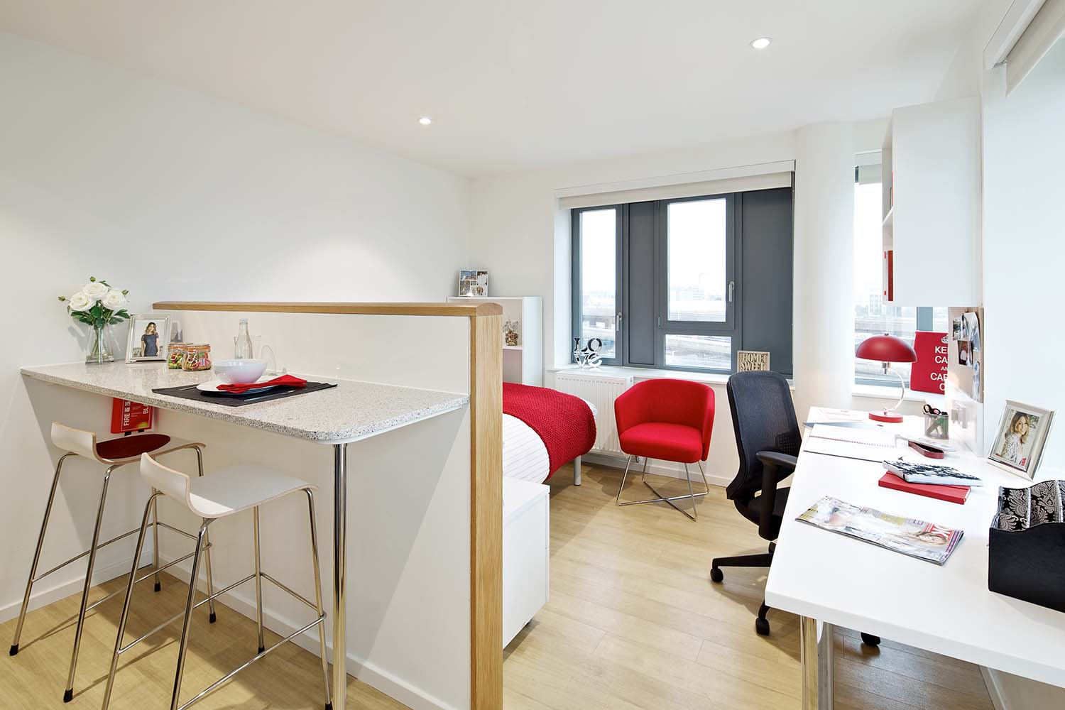 Premium studio with breakfast bar at GradPad Wood Lane Studios in White City